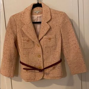 Parameter blazer with 3/4 length sleeves.